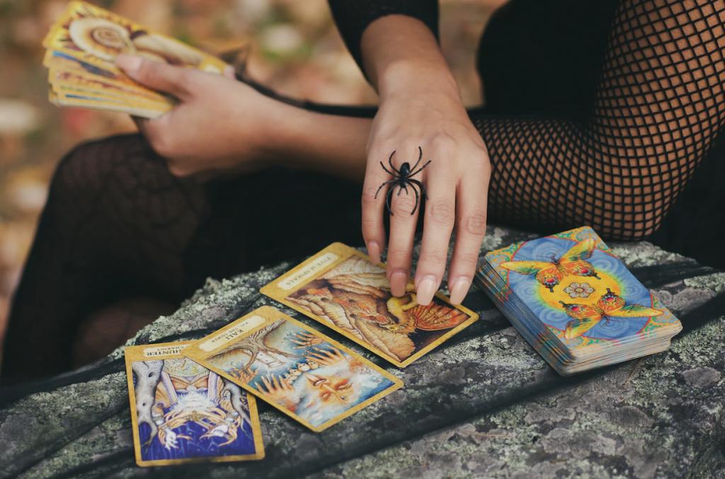 Your Weekly Tarot Reading: October 26-November 1, 2020