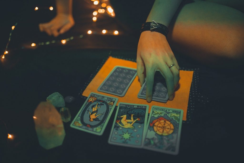 Your Weekly Tarot Reading: November 16-22, 2020
