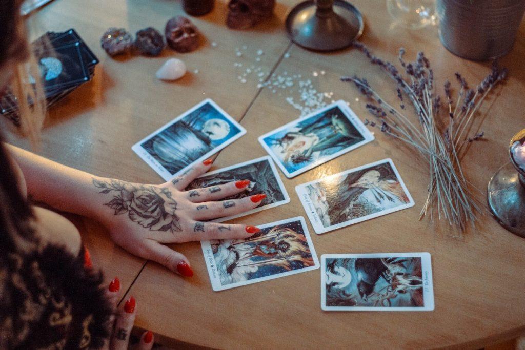 Your Weekly Tarot Reading: November 23-29, 2020