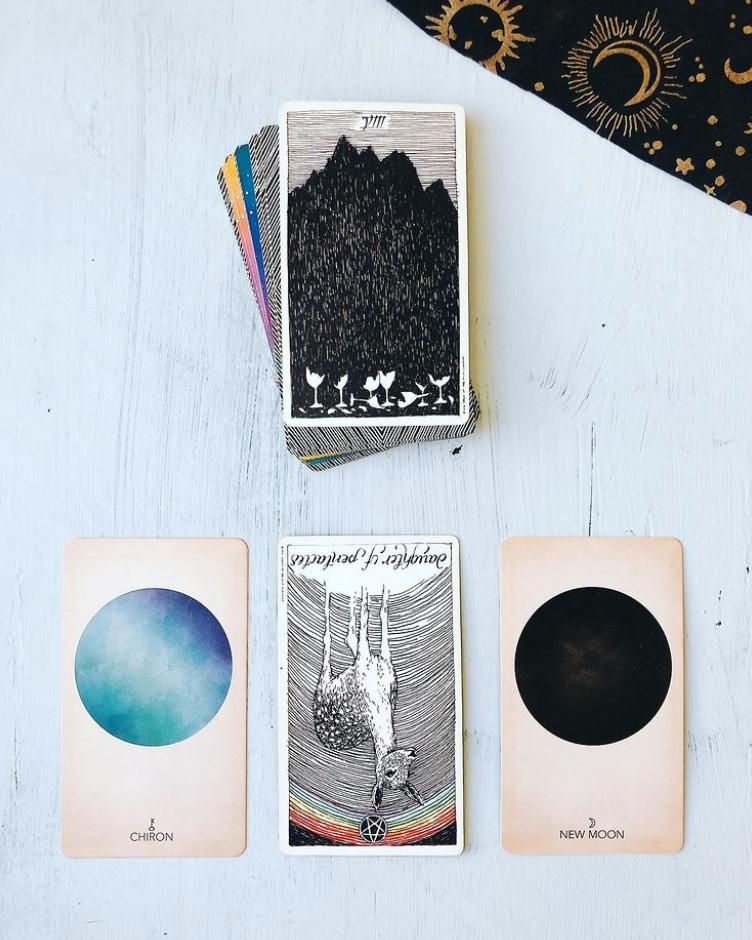 Your Weekly Tarot Reading: February 22-28, 2021